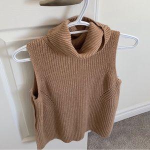 Abercrombie & Fitch sleeveless turtleneck sweater